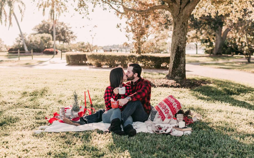 Christmas Themed Engagement Photos